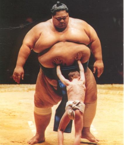 little-man-vs-big-man.jpg