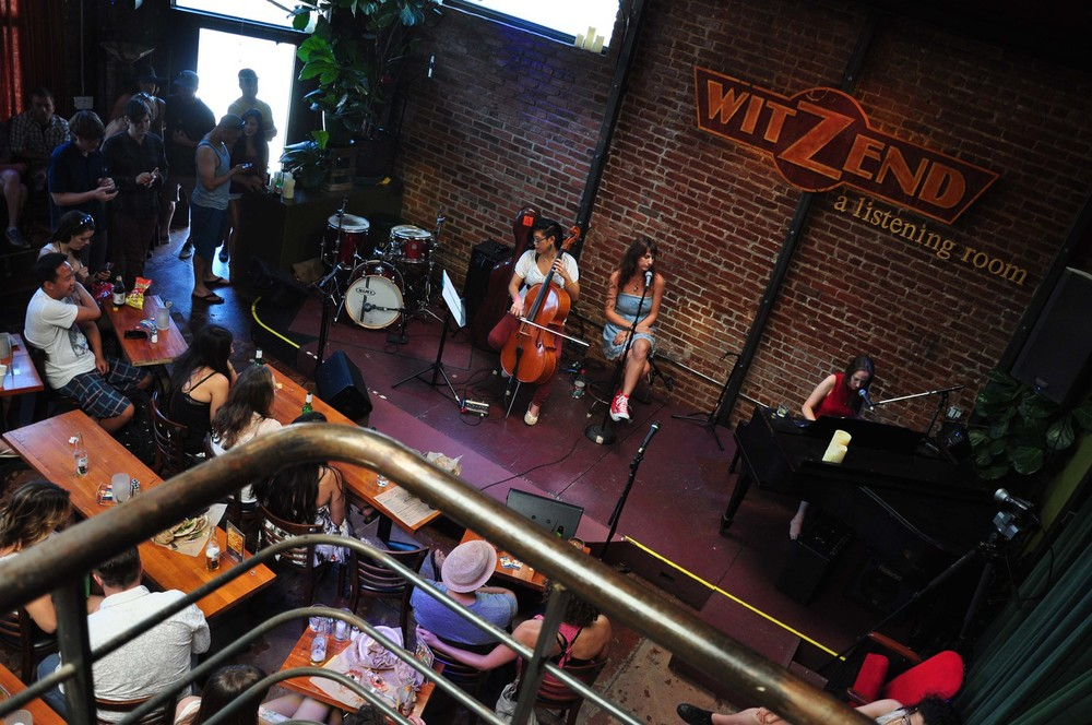 Jacqueline Caruso performs at Witzend at the first Venice Music Crawl.