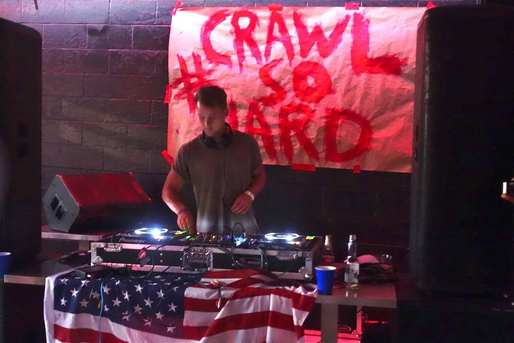 RG Club #CrawlSoHard. (Photo by Nicole Reed)