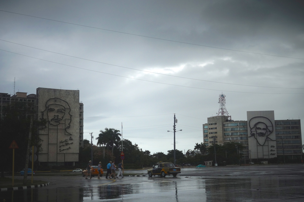Opposite the Jose Marti memorial tower are government builds with murals honoring revolution heroes Che Guevara and Camilo Cienfuegos.