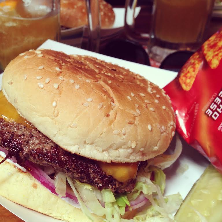 Hinano Burger.jpg