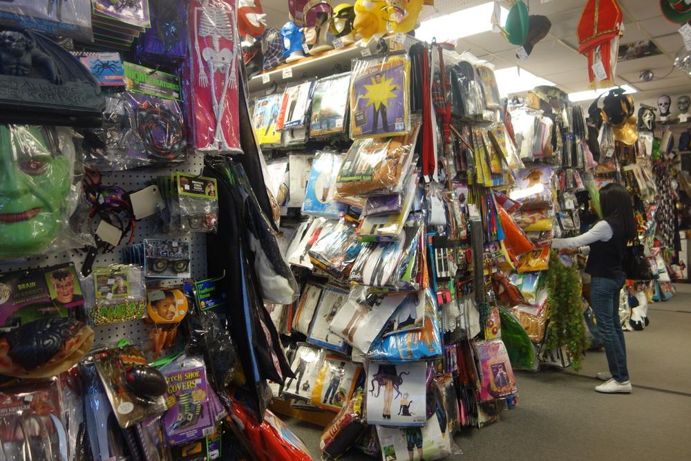 Halloween Costume Shop