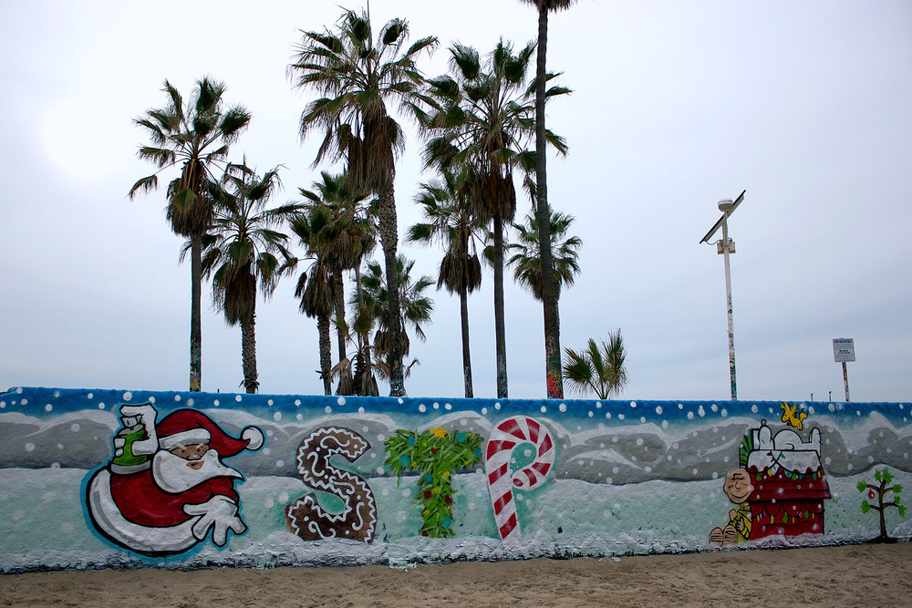xmas-stp-grafitti-walls-0.jpg