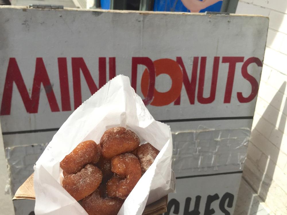 11 Must Try Cheap Eats On Venice Beach Boardwalk Lincoln Rose