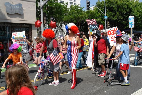 Main Street Fourth of July Parade. [Photo: Ocean Park Association]