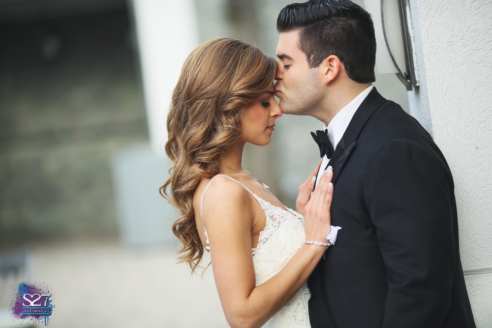 Forhead Kiss Wedding Photo.jpg