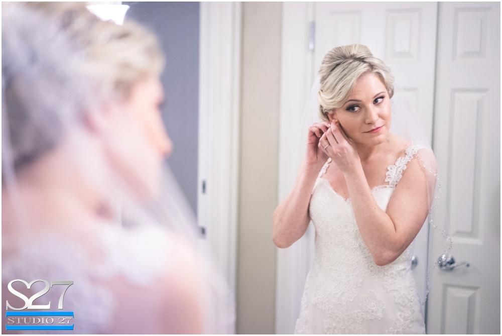 Fox-Hollow-Wedding-Woodbury-NY-Photographers-Studio-27-WEB_0103.jpg