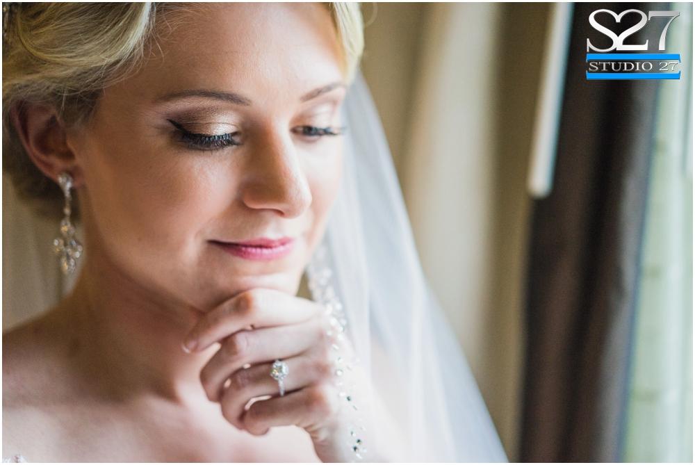 Fox-Hollow-Wedding-Woodbury-NY-Photographers-Studio-27-WEB_0105.jpg