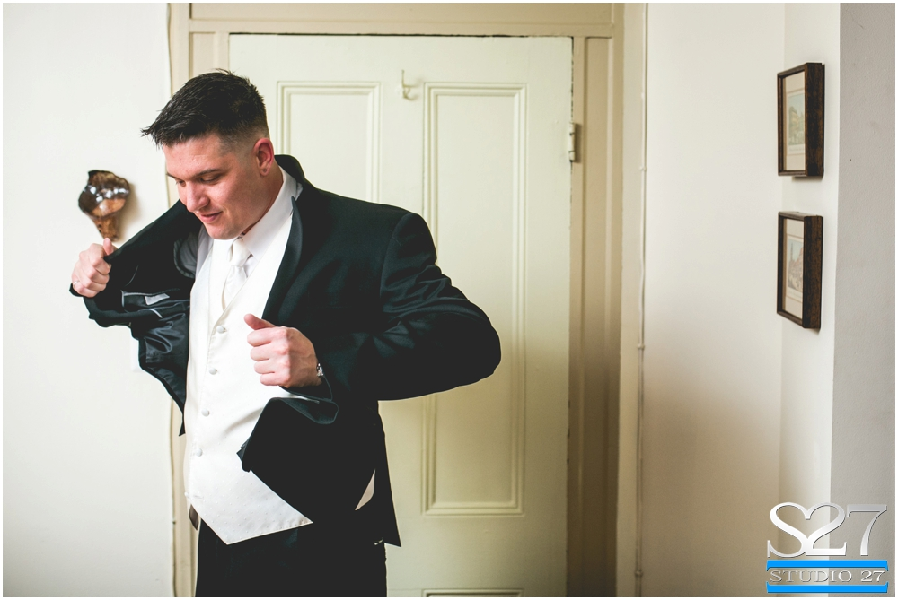 Fox-Hollow-Wedding-Woodbury-NY-Photographers-Studio-27-WEB_0111.jpg