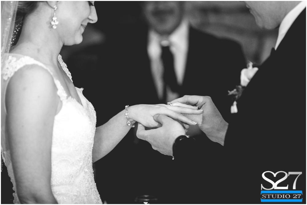 Fox-Hollow-Wedding-Woodbury-NY-Photographers-Studio-27-WEB_0129.jpg