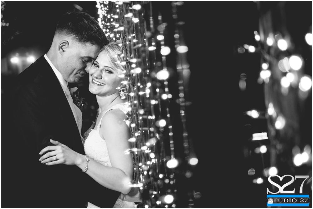 Fox-Hollow-Wedding-Woodbury-NY-Photographers-Studio-27-WEB_0137.jpg