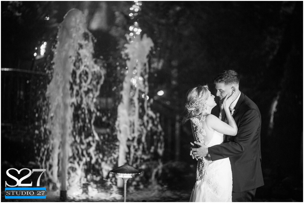 Fox-Hollow-Wedding-Woodbury-NY-Photographers-Studio-27-WEB_0138.jpg