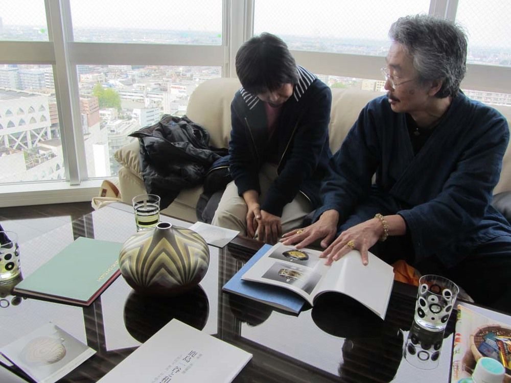 Kashima-san sharing some of his hollowware with us at his private gallery in Tokyo.