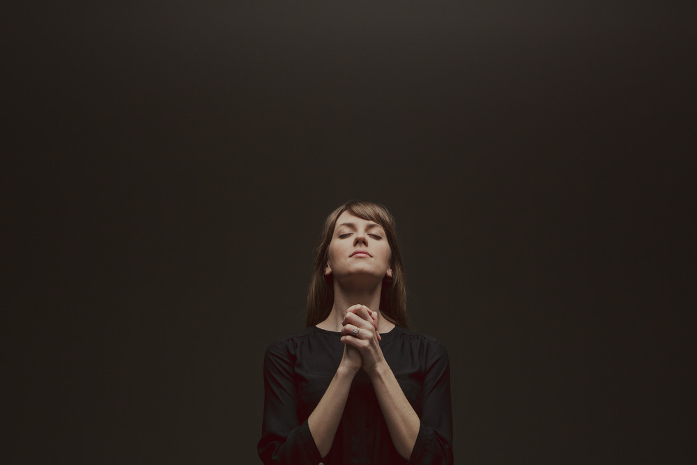 Woman Praying1.jpg