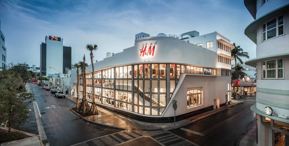 Lincoln Theatre/ H&M Lincoln Road
