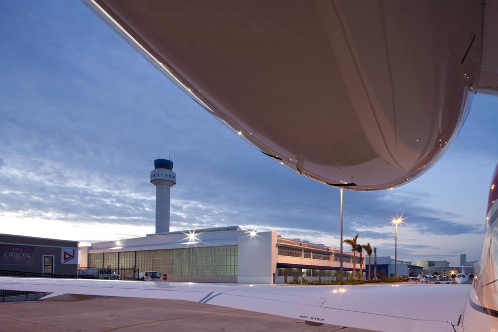 Hangar 102 Image 14_1.jpg