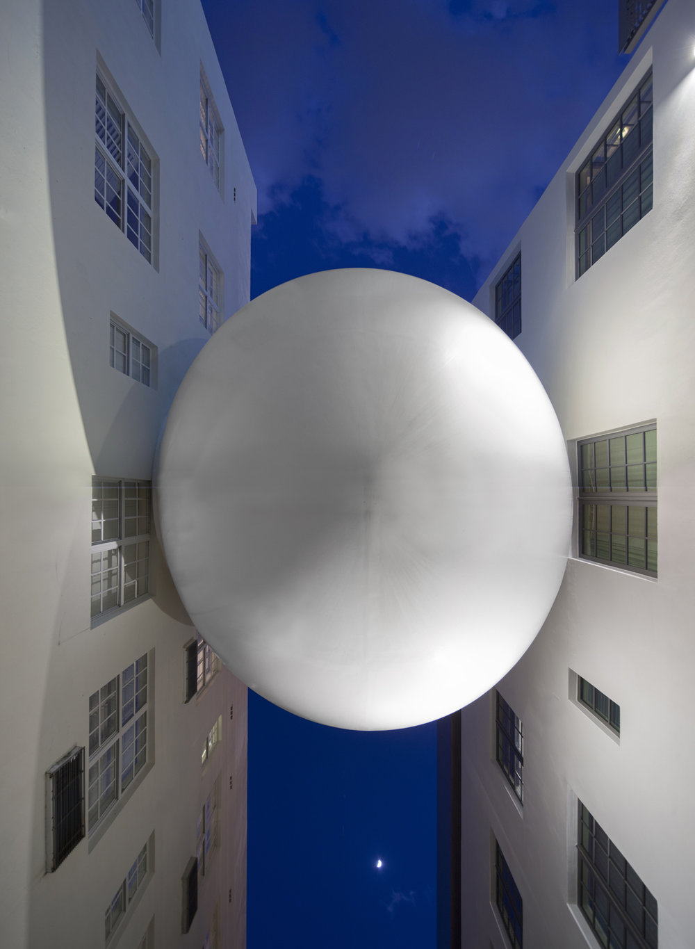 The Orb at the Betsy-Carlton Hotel by Shulman + Associates. Photo (c) Robin Hill