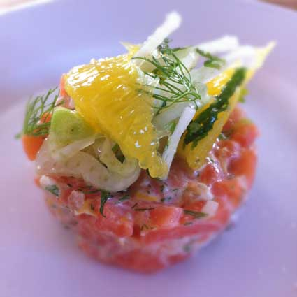 Salmon and wasabi tartare with fennel mint & orange salad — Ana ...