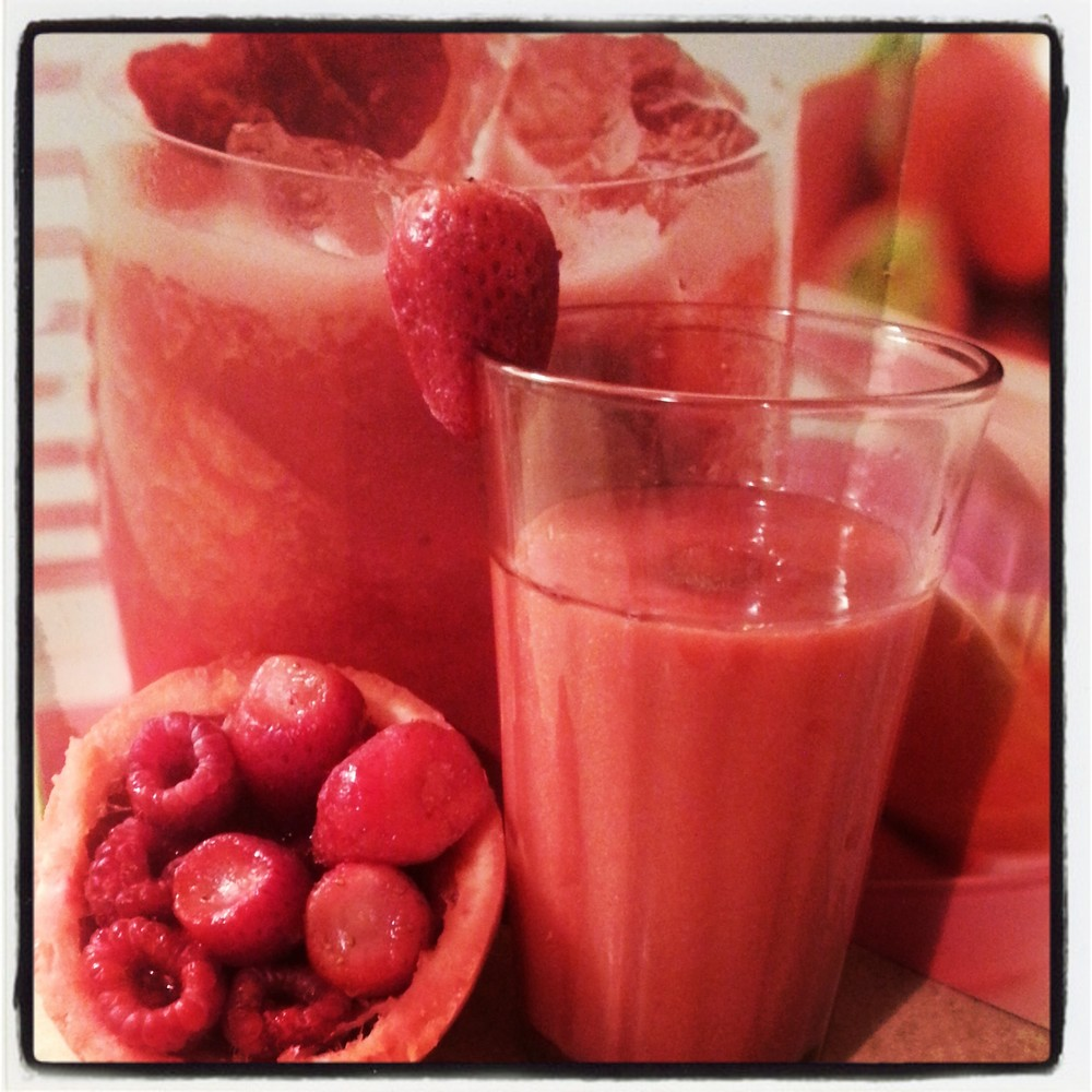 Pinkalicious Grapefruit Juice Smoothie