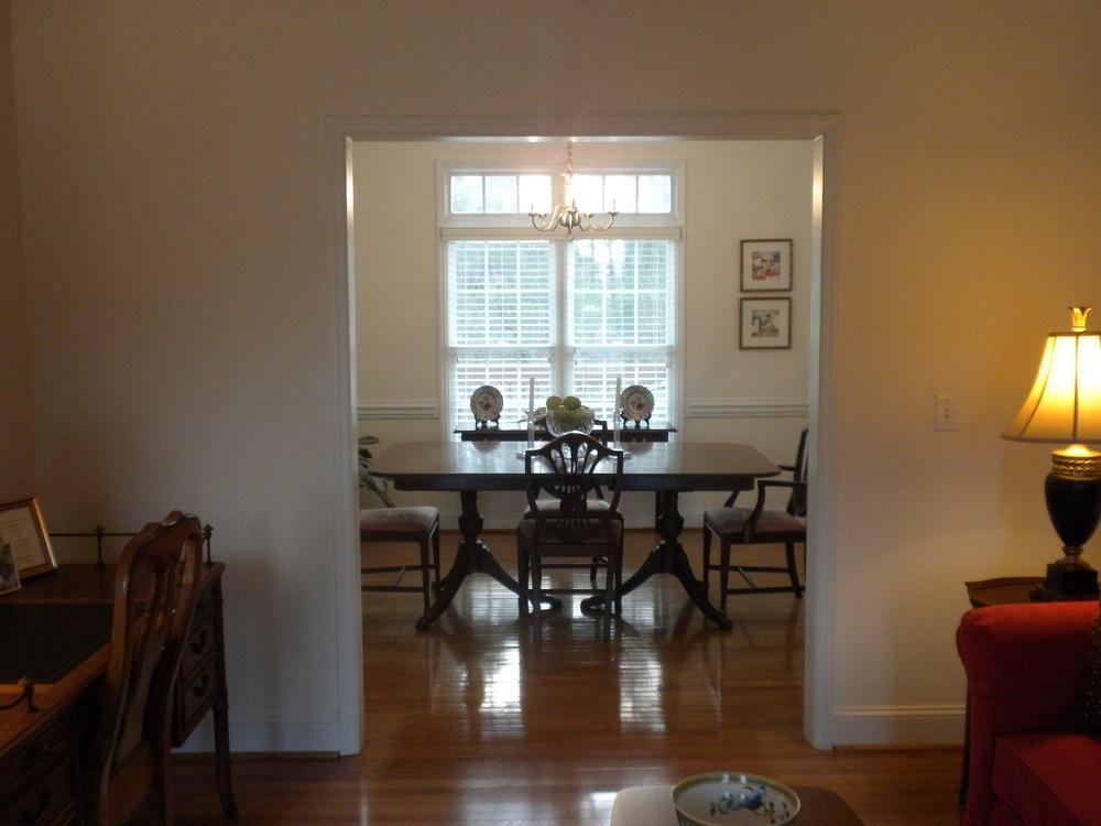 dining room from lr.JPG