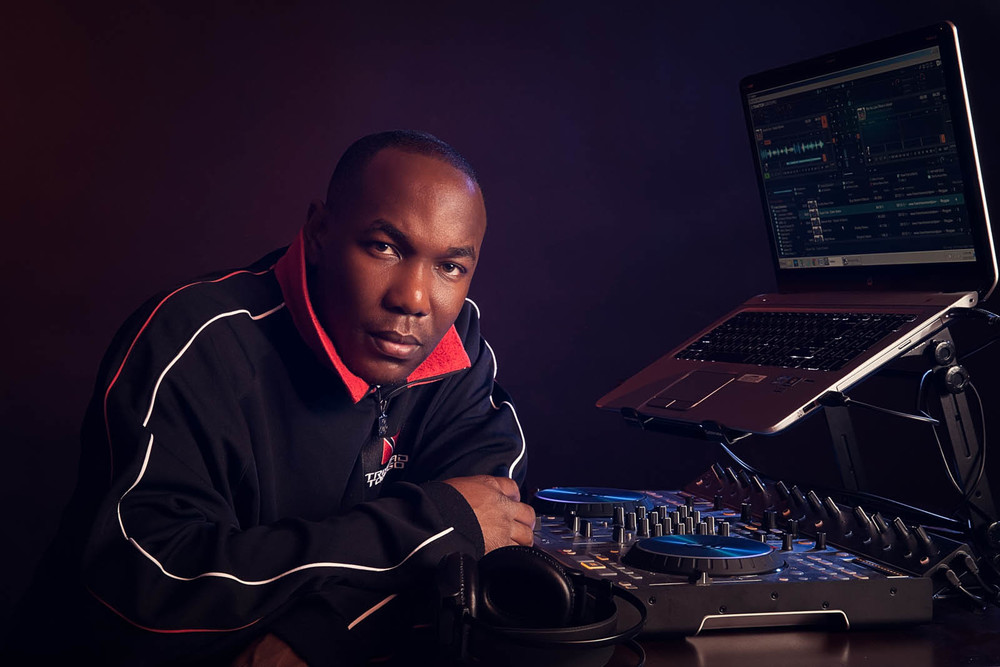 I want to thank the professional image team of Ernesto Sue Photography for the awesome work they did creating my portraits and bio for my upcoming collaboration with Vyzion Radio. Their creativity and ability to articulate their clients' vision into a finished product is exemplary. They were extremely patient and keen on every detail. Excellent job guys! Duane Herbert aka DJ Kold Fuzion