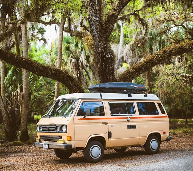 From warmer times exploring Florida. . . . #0to60in11minutes #vanagon #vwvan #vwt3 #getoutstayout #adventureanywhere #campvibes #adventuremobile #westfalia #campervan #overland #homeiswhereyouparkit #vw #vanagonlife #roadtrippin #neverstopexploring #vanlifers