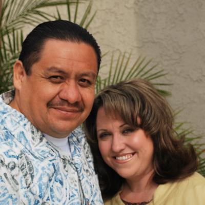 Pastor Cisco Espinosa y su esposa Micah