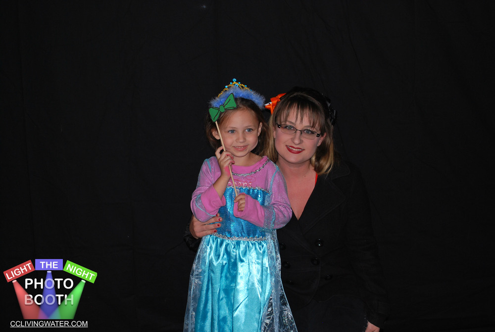 2014-10 - Light The Night Photo Booth (17) copy.jpg