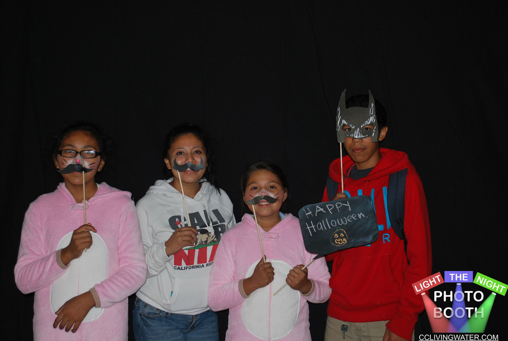 2014-10 - Light The Night Photo Booth (18) copy.jpg