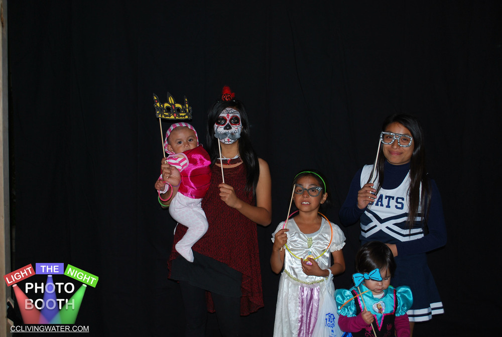 2014-10 - Light The Night Photo Booth (110) copy.jpg