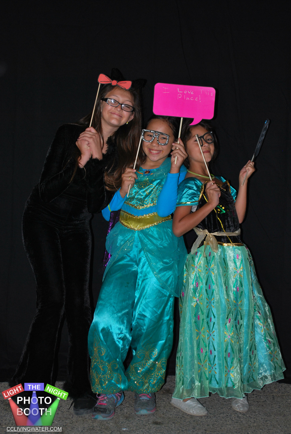2014-10 - Light The Night Photo Booth (133) copy.jpg
