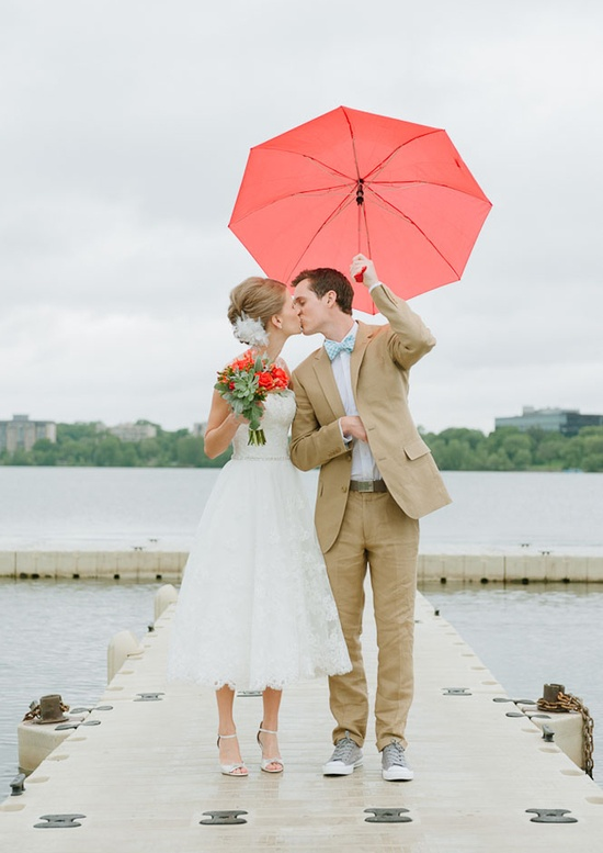 Braving rain on your wedding day engaged inspired wedding planning spring is the time for beautiful greenery blooming flowers and the season where a rain plan is a must having gone through rain and hail during my junglespirit Image collections