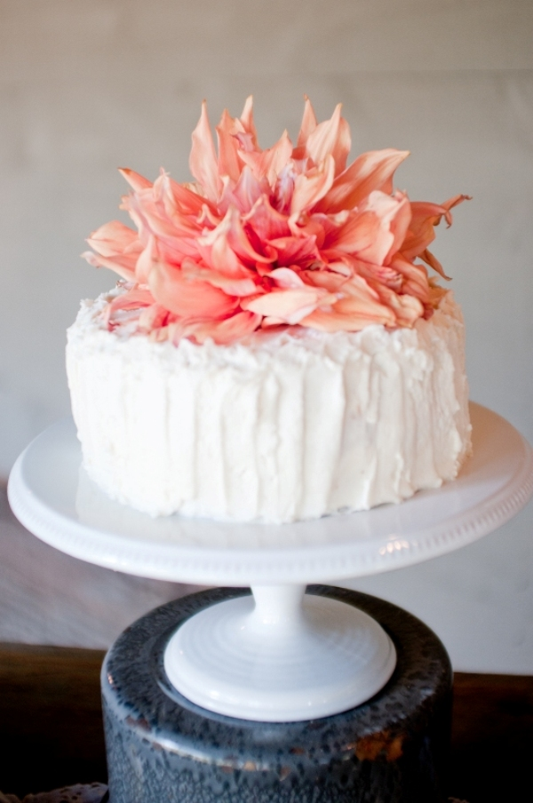 Southern-wedding-fall-wedding-cake