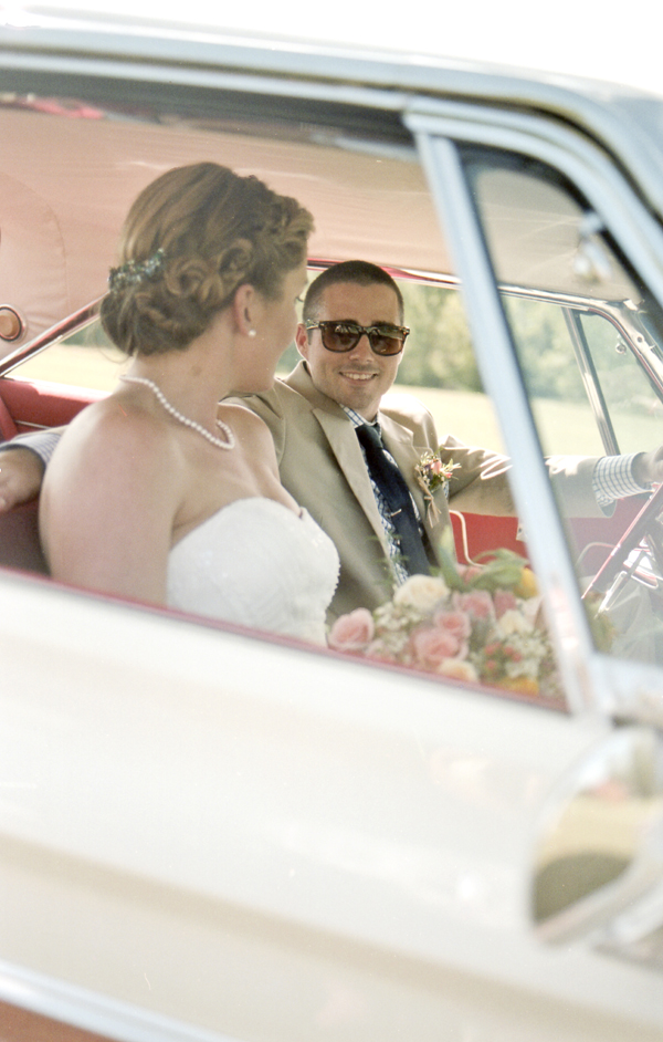 brett-emily-striffler-wedding-by-holly-cromer020
