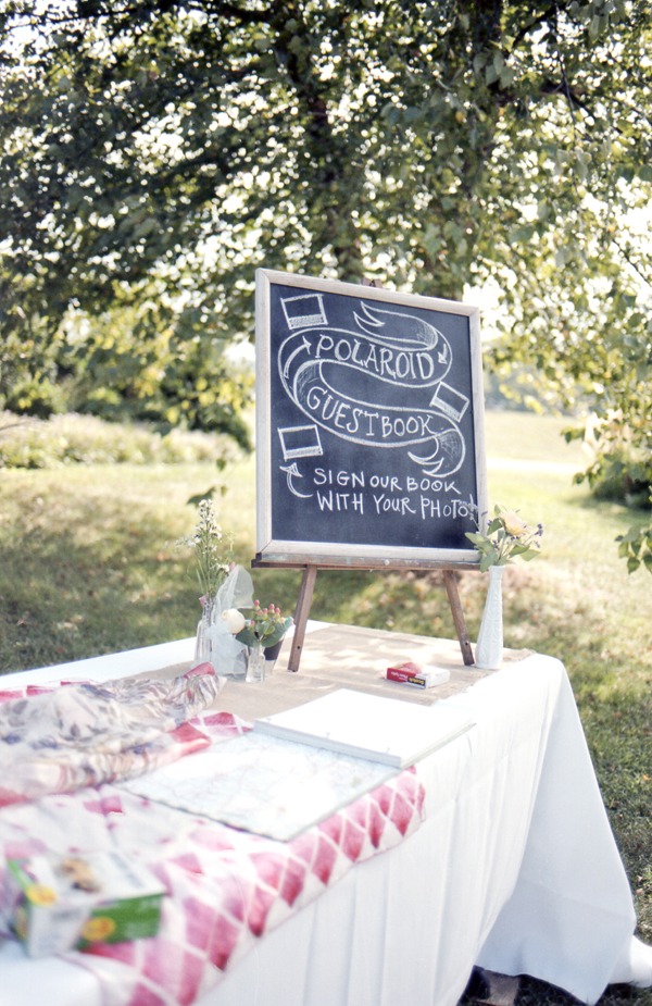 brett-emily-striffler-wedding-by-holly-cromer024