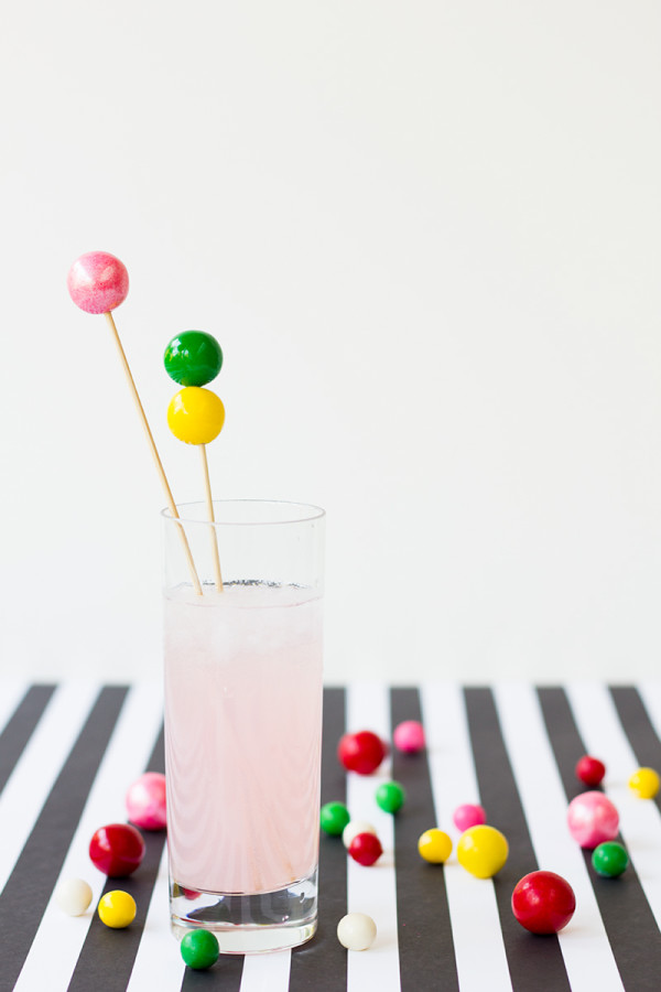 DIY-Gumball-Drink-Stirrers-600x900