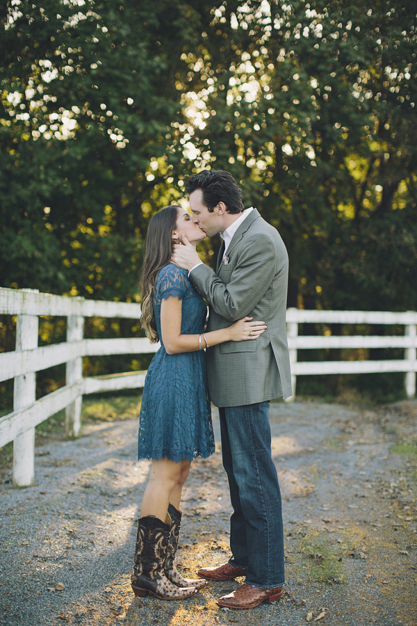 Arnold_Clift_Brooke_Courtney_Photography_RyanKailaEngaged048_low.jpg