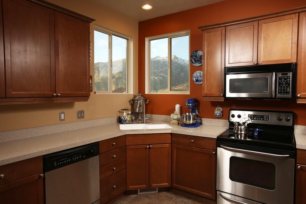 Eagle Chase_kitchen3.jpg