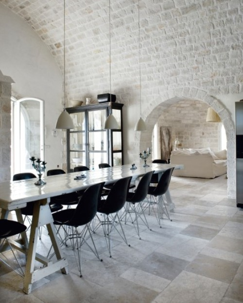 micasaessucasa :     (via  A Castle In The Southern Italy To Spend A Weekend   DigsDigs )