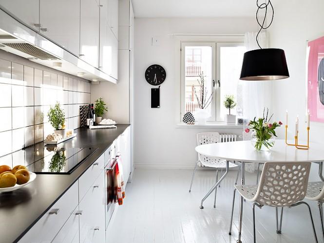 micasaessucasa :     (via  Modern Swedish Family Home )