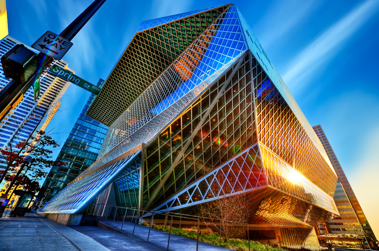 designismymuse :      fuckyeahlibrary :Seattle Public Library.   This is a crazy cool shot