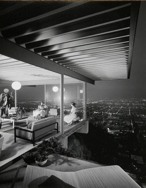 tijana got me hooked on all the documentaries netflix has on instant play.    just watched a documentary on Julius Shulman's achitectural photography. loved it.   case study 22. amazing photo.