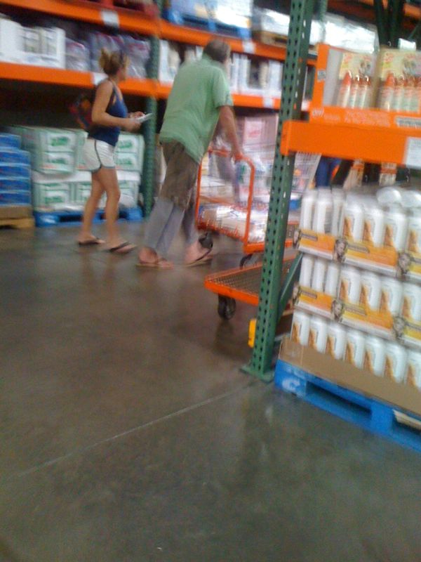 more beach bums… sweat pants under cargo shorts… 88 degrees out.  Costco Maui.
