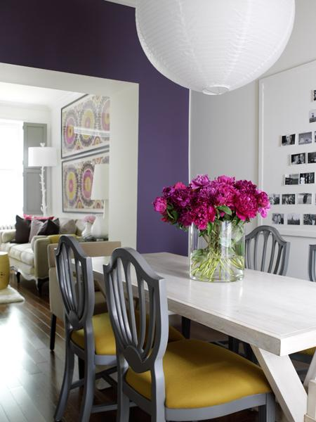 designismymuse :      ninbra :     Chic Dining Room.       complimentary colors are THE way to go.