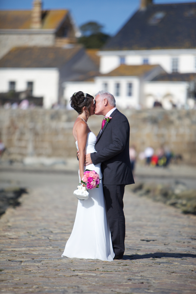 wedding-photographer-cornwall 11.jpg