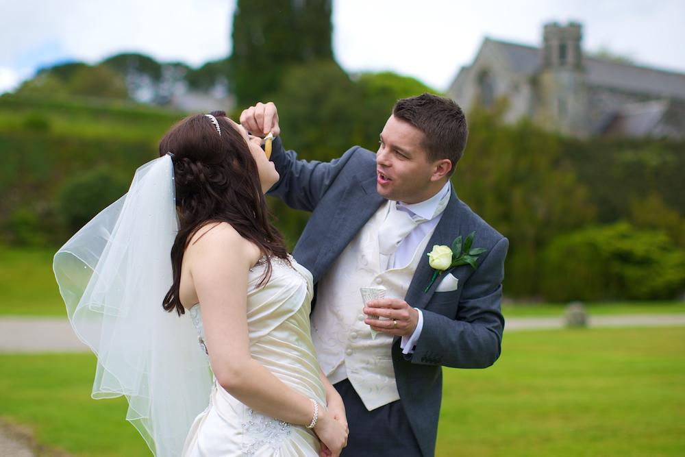 wedding-photographer-cornwall 37.jpg