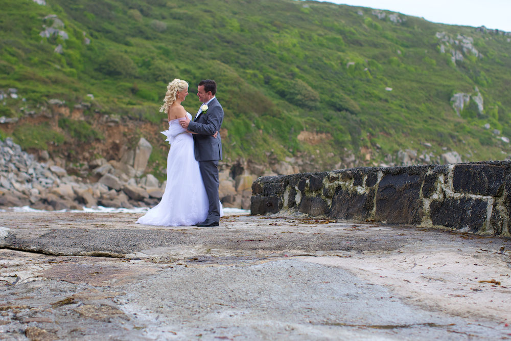 wedding-photographer-cornwall 38.jpg