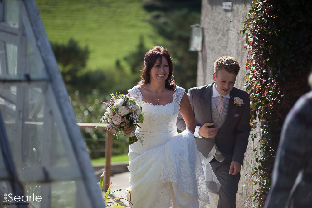 wedding-photographer-cornwall-40.jpg