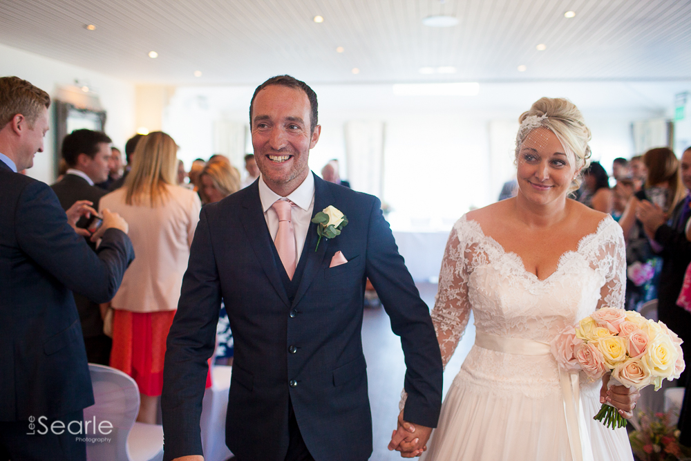 wedding-photographer-Cornwall-leesearle-27.jpg
