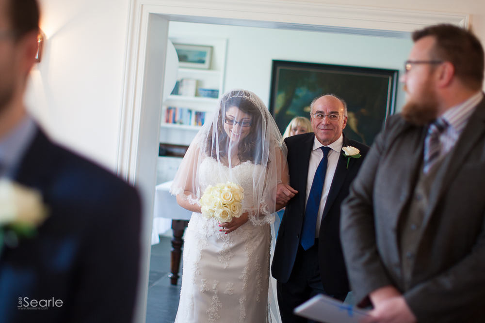 wedding-photographer-mevagissy-17.jpg